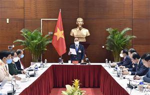 Thủ tướng họp khẩn về COVID-19 tại nơi tổ chức Đại hội XIII của Đảng