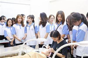 Cao đẳng Y Hà Nội đào tạo ngành Chăm sóc sắc đẹp uy tín hiện nay