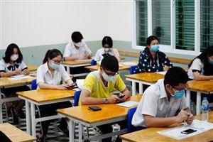 Chấm thi tốt nghiệp THPT: Trên 90% bài thi tự luận đạt điểm trên trung bình